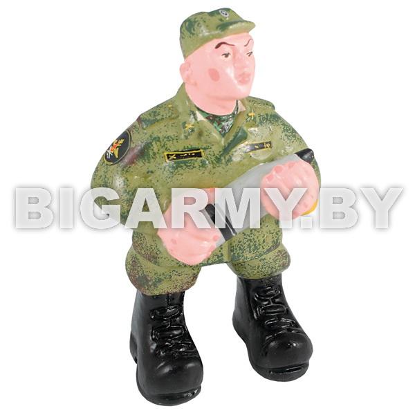 Фигурка гипсовая Артиллерист со снарядом